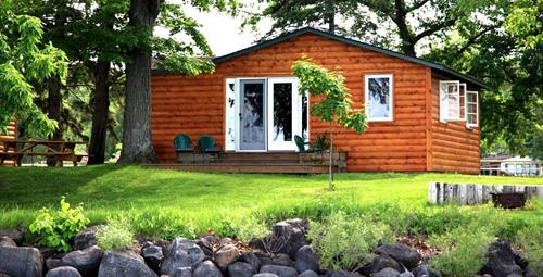 Enjoy the sound of the waves in our lakeshore cabins