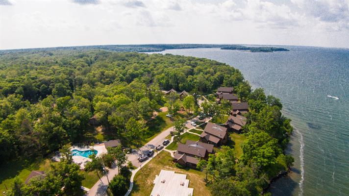 Trapper 39 s landing lodge on leech lake real estate for Leech lake fishing resorts