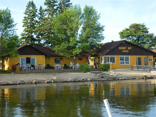Agency Bay Lodge Lakefront