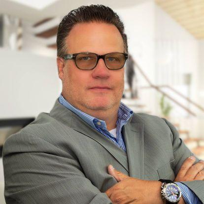 Eric Hauser - Agent