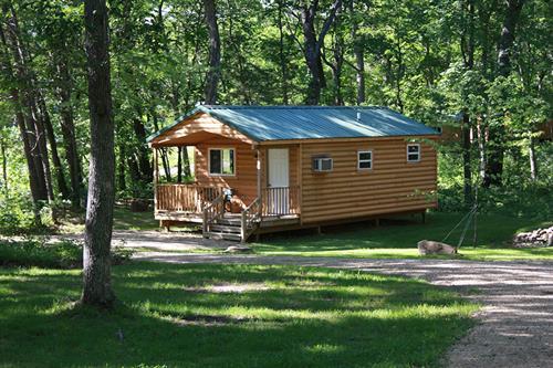 Gallery Image cabin-deluxe-10-outside.jpg