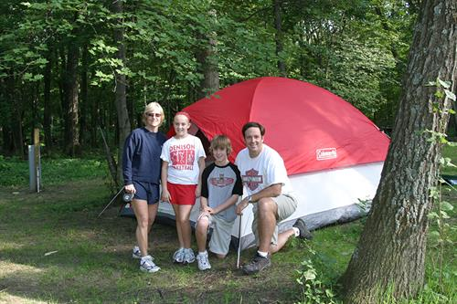 Gallery Image tent-family-camping.jpg