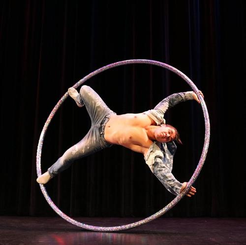 Ivan Arestov and his exceptional Cyr wheel performance.