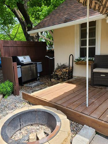 Fire pit and gas grill