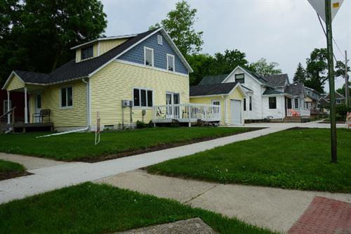 601 S. 3rd St. - Off Street parking with this spacious 2 bedroom home