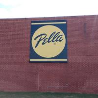 Pella Celebrates Ribbon Cutting