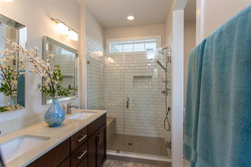 Cottages at Canandaigua Model Home Master Bathroom