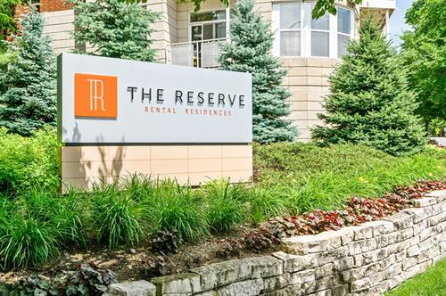 Gallery Image The_Reserve_Sign.jpg
