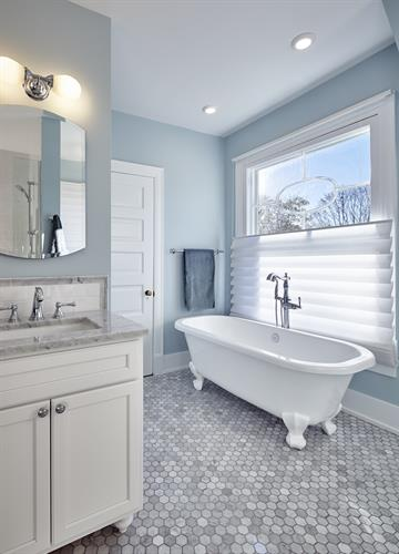 Evanston Master Bathroom