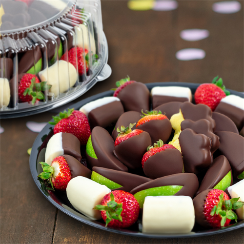 We offer platters of fruit, cookies, cheesecakes and brownies.  We Cater!