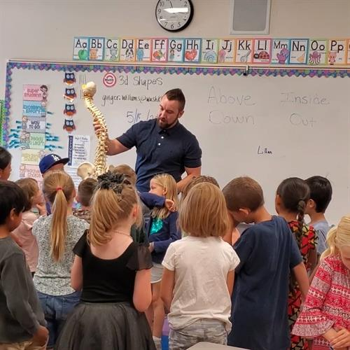 Dr. Landon educating the youth of Arrowhead Elementary School