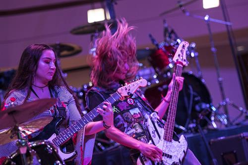 School of Rock Glen Ellyn students opening for Grammy-award winning artist, Steve Vai (photo by Tristan Zeier)