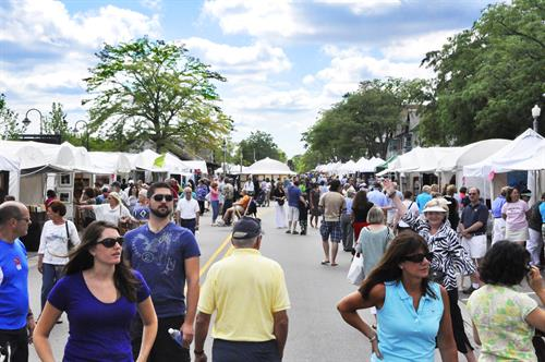 Art Fair in the Square, Market Square, Lake Forest, Labor Day Weekend, Sunday & Monday