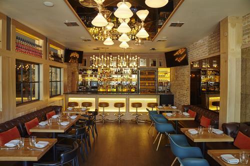 Maevery Bar