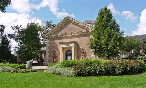 HISTORIC LAKE FOREST LIBRARY