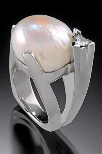 Large American Freshwater Pearl Ring in 14K white gold