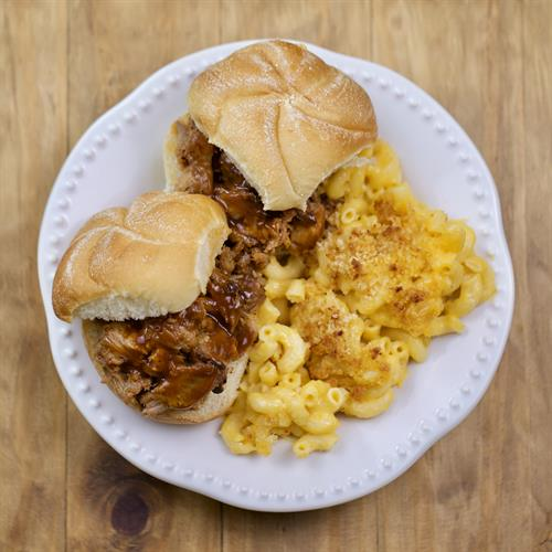 Pulled Pork & Mac and Cheese