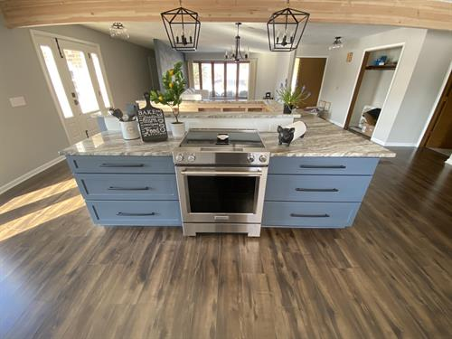 Somers Kitchen Island and Flooring