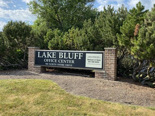 Lake Bluff Location