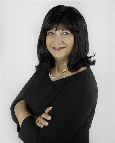 Pam Santoro, Realtor