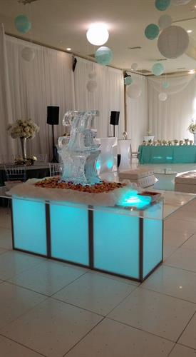 acrylic estate table with ice sculpture