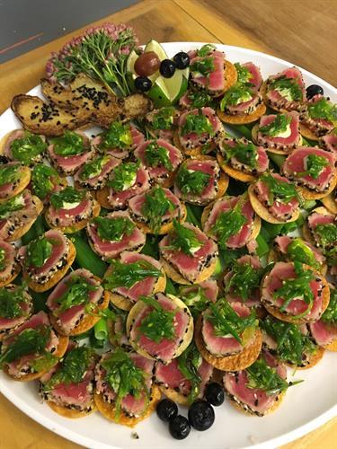 Seared tuna mini Carpaccio