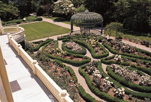The RJD Rose Garden and Pergola