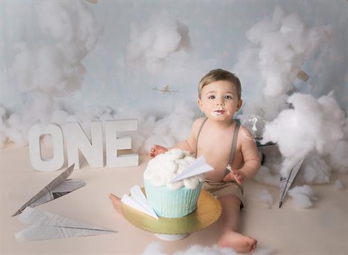 Gallery Image New-Bedford-Babies-Children-Families-cake-smash-088.jpg