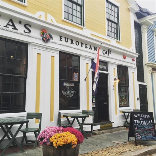 Tia Maria's European Cafe