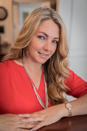 Natalie Hubbard, Licensed Realtor