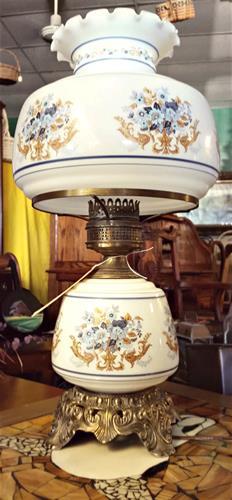 Gallery Image AntGlass_lamp.jpg