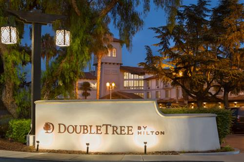 DoubleTree by Hilton Campbell @ The Pruneyard
