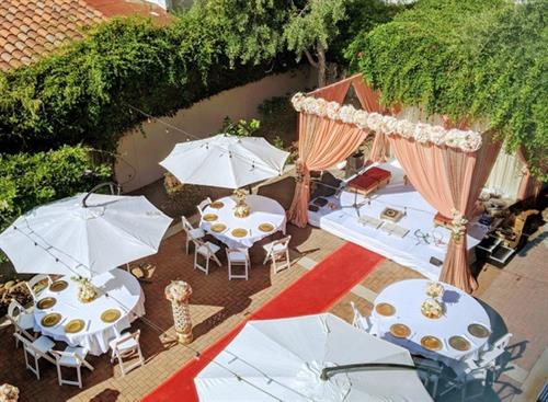 Outdoor Garden Terrace - Wedding
