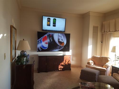 "55"" TV over 78"" Samsung curved"