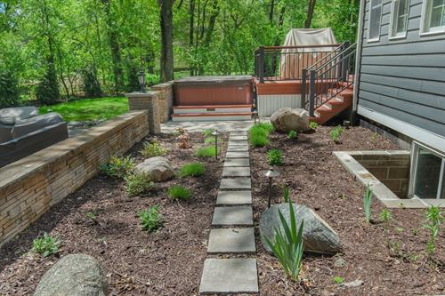 Backyard Landscape | Shoreview, MN | Green Oasis