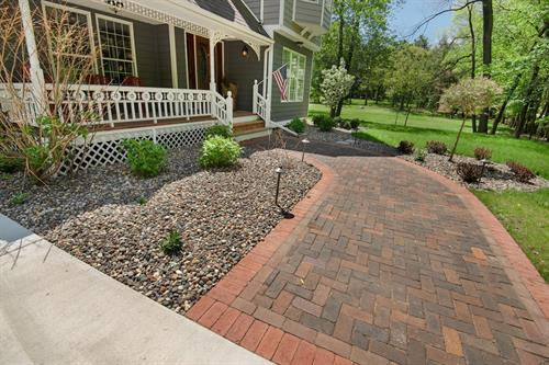 Front Walkway | Shoreview, MN | Green Oasis