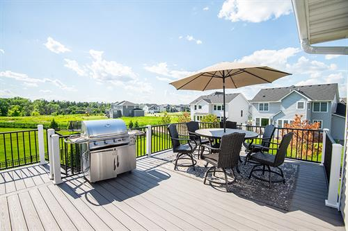 Woodbury Decking | Woodbury, MN | Green Oasis