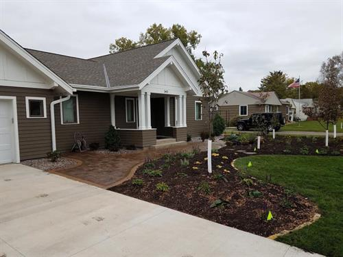 Softscaping Front of House | Hudson, WI | Green Oasis