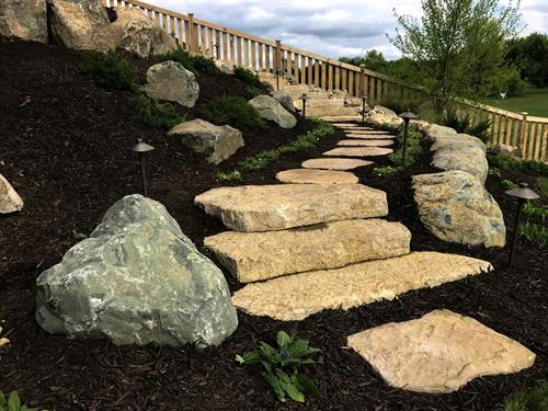 Flagstone Walkway | Hudson, WI | Green Oasis