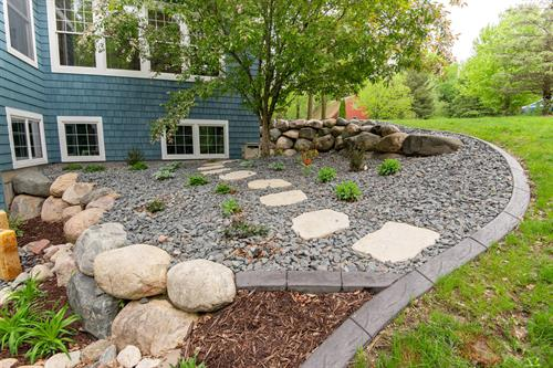 Softscaping Side Of House | Stillwater, MN | Green Oasis