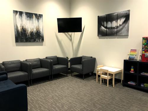 Gallery Image Waiting_room.jpg