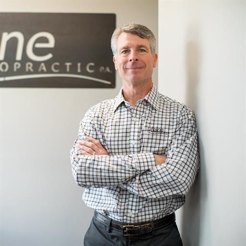 Dr. Scott Hansen celebrates 20 years of chiropractic in Woodbury!