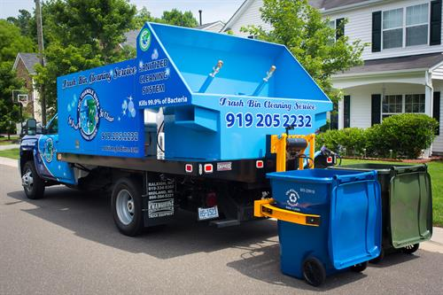 Trash & Recycle Bin Cleaning System