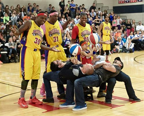 Saxton Middle School Harlem Wizards Event