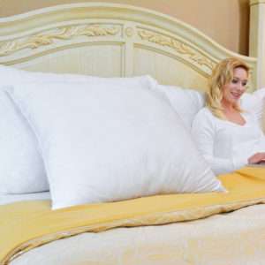 EuroQueen pillow, a supportive pillow to protect your head, neck, shoulder and back.