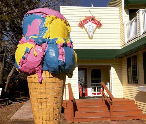 Gallery Image ice_cream_cone.jpg