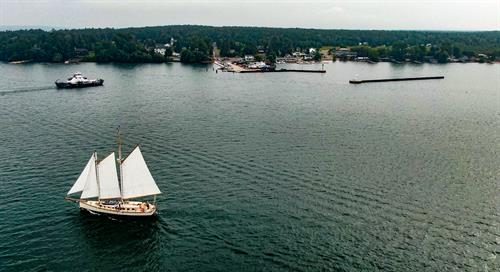 Gallery Image Tall_Ship_Ferry_Madeline_Island_.jpg
