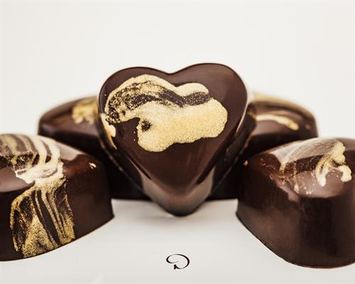 Gallery Image Dliteful_Chocolat_Chocolates-L97A2029-00482017-Edit.jpg
