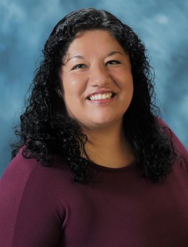 Drl Isela Penunuri is a board certified Family Medicine physician in Graybill's San Marcos Office. She also speaks fluent Spanish.