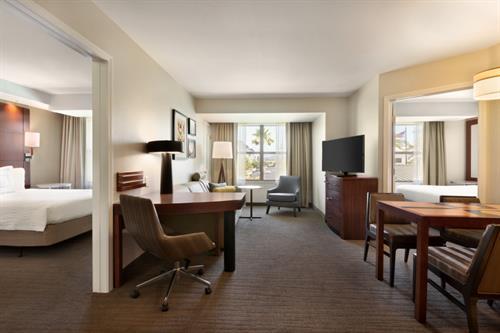 Spacious 2-Bedroom Suite